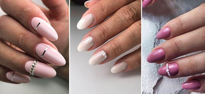 Простой дизайн ногтей со стразами